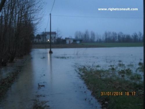 Alluvioni, allagamenti e flash floods - le cosiddette bombe d'acqua - sono sempre piu' frequenti. Analisi e valutazione del rischio idraulico sono fondamentali