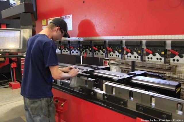 Le macchine utensili - ma anche le presso-piega e le taglio laser - costituiscono buona parte del lavoro dell'ingegnere consulente che fa la perizia Industria 4.0 in un'azienda meccanica